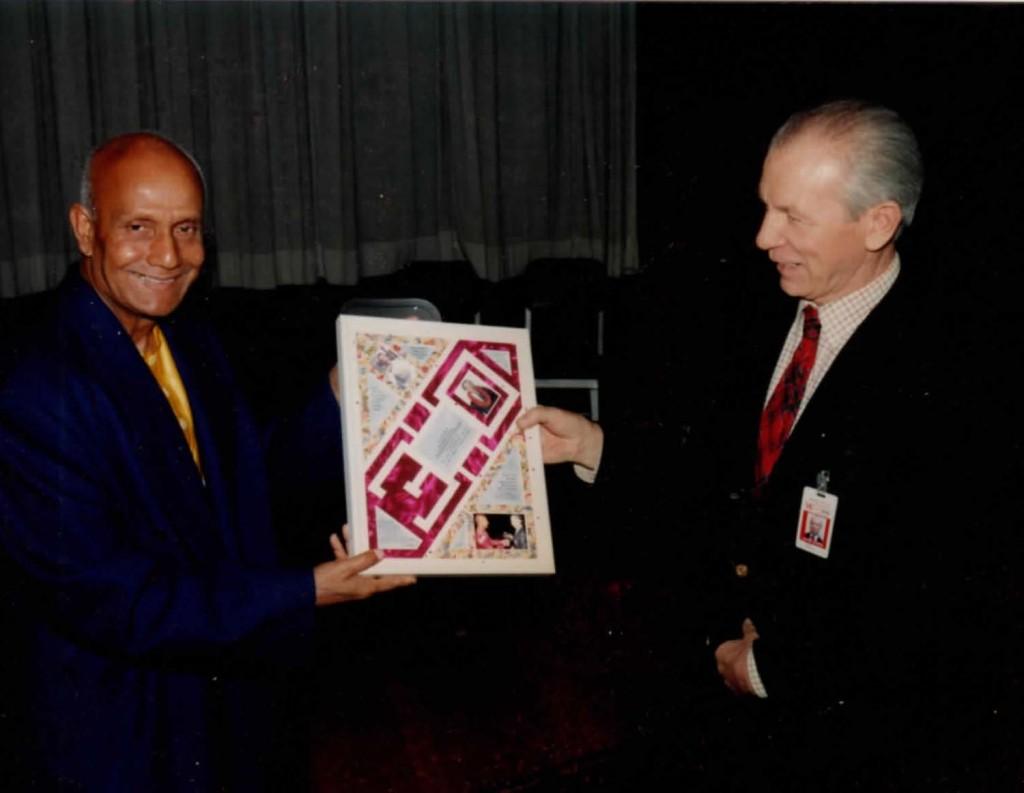 1990s-award-sandy-davidson-ckg-un-Dag-H-aud_Page_04