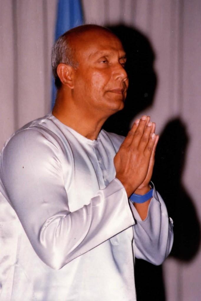 1986-11-nov-04-pres-unga-Humayun-rasheed-choudhury-photos_Page_01