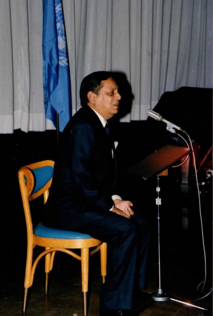 1986-11-nov-04-pres-unga-Humayun-rasheed-choudhury-photos_Page_04
